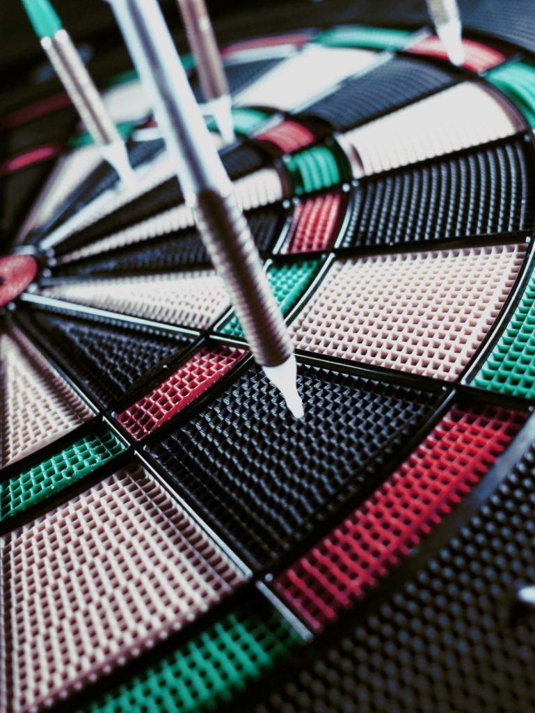 dart-dartboard-2